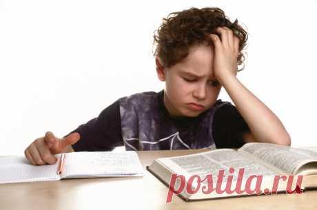 Прокрастинация у ребенка; Детская жизнь Прокрастинация у ребенка причины появления и способы эффективной борьбы Прокрастинация сегодня достаточно известное понятие, которое часто используют в шутливом тоне. Зато, если вы заметили проявления прокрастинации у ребенка – это тревожный сигнал, требующий вашего внимания. Прокрастинация – это определение в психологии для обозначения склонности к откладыванию дел/решения проблем на потом. […]