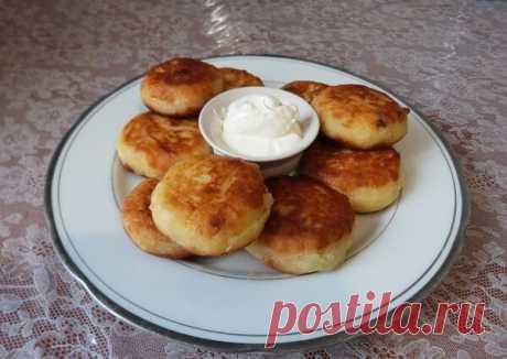 Вкусные творожные сырники с курагой | Poperchi.Ru | Яндекс Дзен