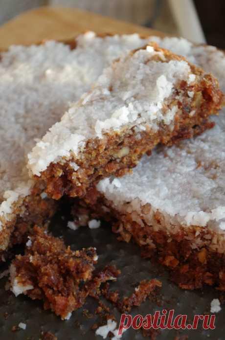 Постный морковный пирог Вкуснейший пирог, наверное, мой нынешний фаворит, очень рекомендую, к тому же он простой и быстрый, а вкусный, как конфетка) И, само собой, совсем не похож на постный.