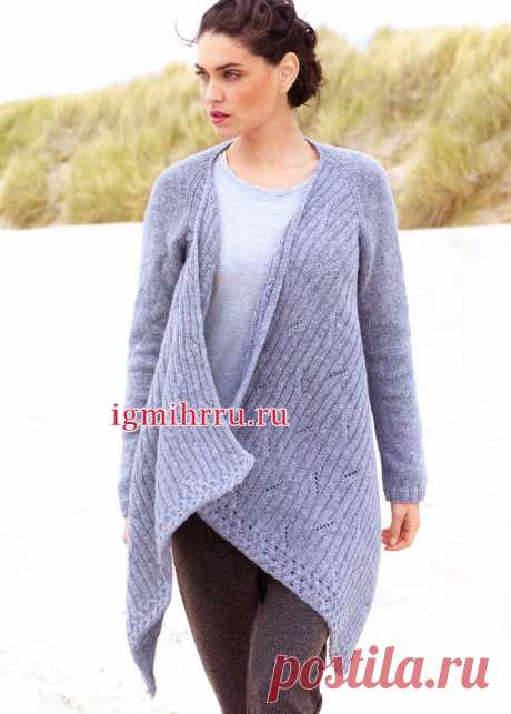 Модный асимметричный кардиган серо-голубого цвета. Вязание спицами
