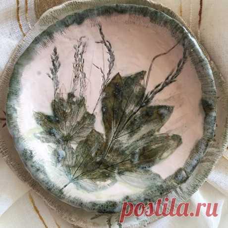 Уже не лето, но и пока не 🍂 осень .....)) такое у меня настроение сегодня и керамика меня поддерживает!😊#декордлядома #уютвдоме #charodey52 #pottery #artceramic #артпосуда#подаоки#нижнийновгород #мастеркласс_по_кекамике#handmadeworld1