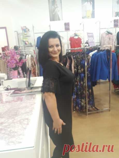 Olenenok: На работе продаю красивую одежду красивым людям!