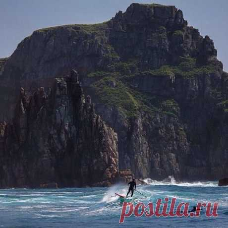 Серфинг на острове Рейнеке.