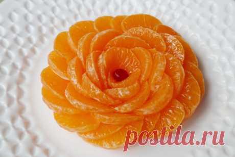 Цветок из мандарина - отличное украшение торта или салата — Кулинарная книга - рецепты с фото