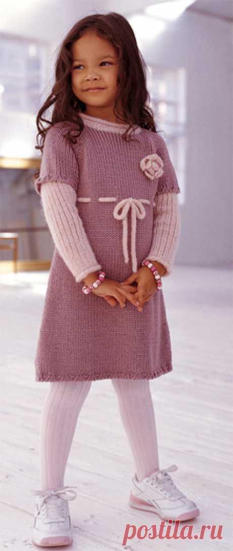 Вязаное платье Вязаное платье на девочку. В описании приведены данные для размеров от 2 до 8 лет. резинка 2/1: 1 р: *2 лиц, 1 изн*, повторять от *до* , закончить 2 лиц.