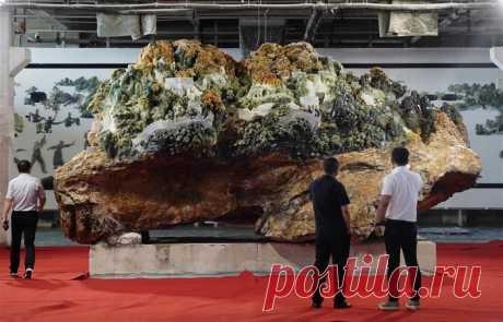 Композиция:Великая китайская стена из жадеита!