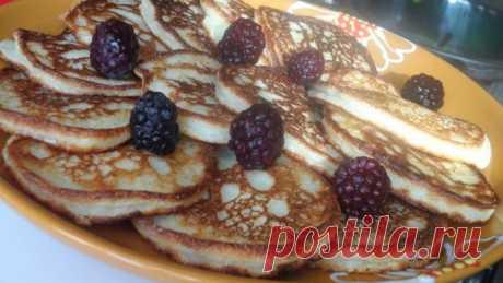 Творожно-манные оладушки к завтраку — тают во рту!