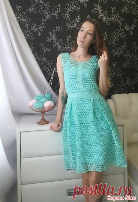 . Платье Тиффани крючком Всем привет!  Сегодня я не буду много писать и рассказывать о процессе создания платья, а сразу покажу его! Платье связано из отдельных элементов, которые потом собрала вместе