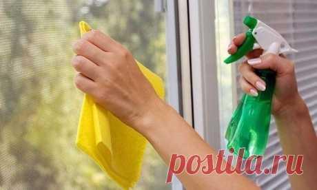 Lavamos las ventanas - una pequeña astucia de la conservación de la limpieza de las ventanas por mucho tiempo