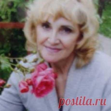 Людмила Ахметова