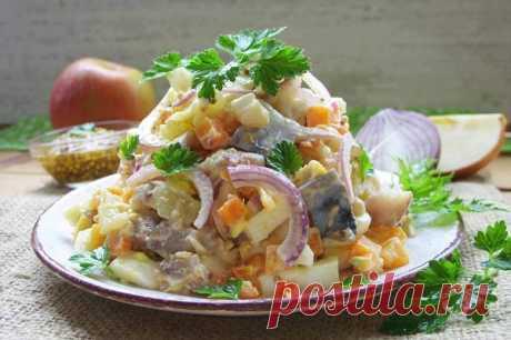 Салат с копченой скумбрией — Сад Заготовки