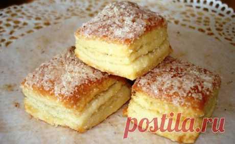 Простое и вкусное печенье «Павловское» Печенье готовится из самых простых продуктов, даже то, что необходимо ставить опару, не затягиваем процесс готовки и вы быстро со всем справитесь. Для приготовления опары вам потребуются такие...