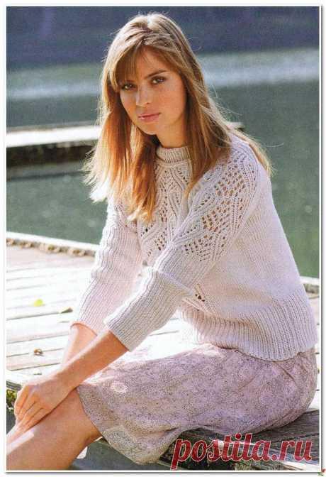 Пуловер реглан с ажурным узором.