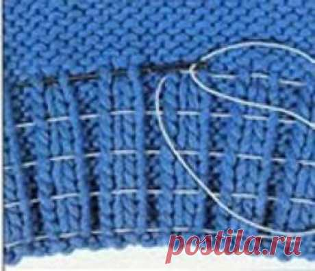 Как сделать эластичной резинку в вязаном изделии   Вязание спицами для начинающих Резинка, которой оформляют рукава и горловину вязаных изделий, играет не только декоративную роль, она призвана еще поддерживать форму изделия, не давая ей растягиваться и провисать.Поскольку шерстяная пряжа относительна эластична, то после бережной стирки она растягивается почти...
