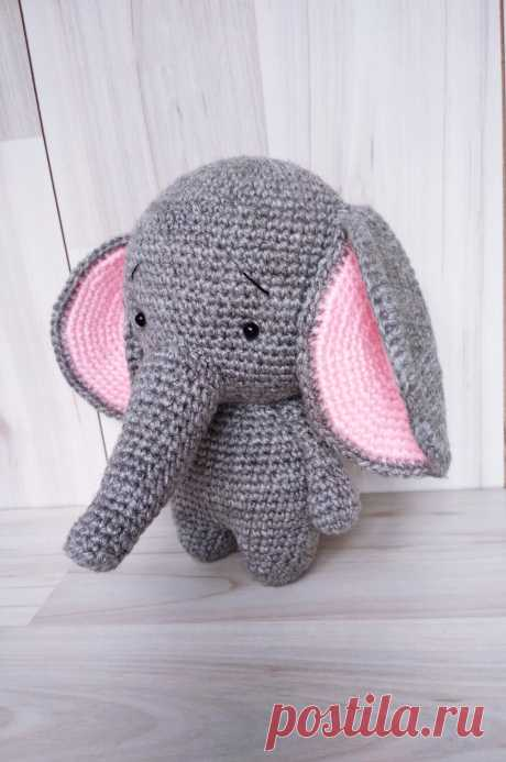 PDF Слоник Гоша крючком. FREE crochet pattern; Аmigurumi doll patterns. Амигуруми схемы и описания на русском. Вязаные игрушки и поделки своими руками #amimore - слон, слонёнок, слоник, слоненок, elephant, elefant, elefante, éléphant. Amigurumi doll pattern free; amigurumi patterns; amigurumi crochet; amigurumi crochet patterns; amigurumi patterns free; amigurumi today.