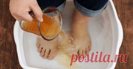 Освободите своё тело от токсинов и болезней, просто поместив ноги в этот раствор на 20 минут! Знаете ли вы, что можете очистить свое тело эффективно и быстро? Да и вот как это просто сделать! Наше здоровье начинается с ног, и такие простые процедуры незаменимы...