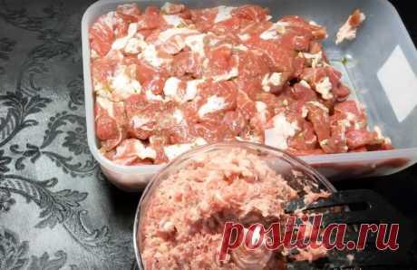 Рецепт домашней колбасы из свинины: ничего лишнего, только мясо и специи!