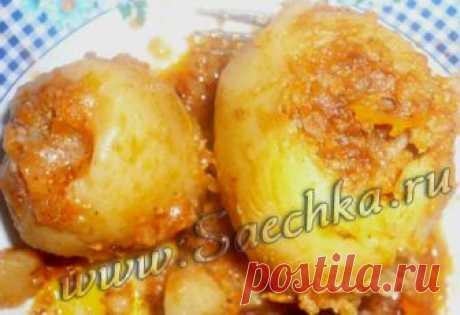 Фаршированный картофель (Картоф Долмасы) - рецепт с фото Азербайджанский фаршированный картофель готовят с фаршем из говядины и баранины и подают на стол горячим.