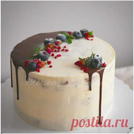 Чтобы красиво украсить торт, вполне достаточно простых продуктов под рукой | Фееричная кондитерка | Яндекс Дзен