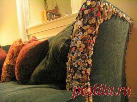 Пуговичный диван
