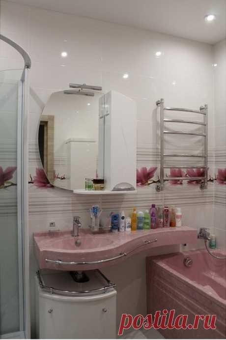 Mi cuarto de baño: el fontanero en la piedra rosada