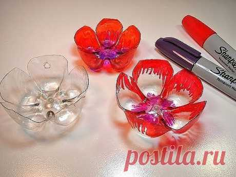 Decorative hand-made articles from plastic bottles. National handymen do not cease to surprise!
