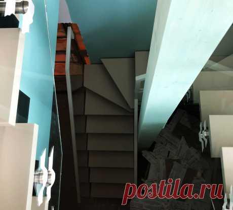 Самонесущие ограждения деревянной лестницы