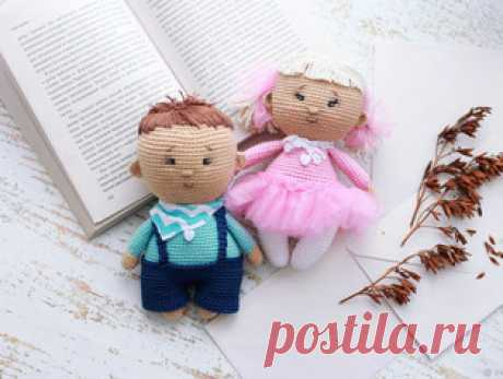 Вязаные пупсы амигуруми. Схемы и описания для вязания игрушек крючком! Бесплатный мастер-класс от Ирины Копцовой по вязанию милых пупсов крючком. Высота вязаной куклы примерно 17 см. Для изготовления игрушки автор использ…