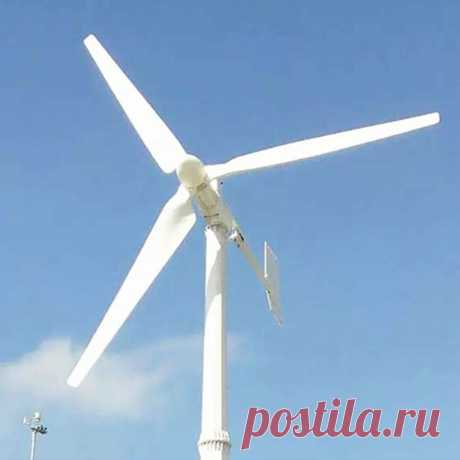Электроветрогенератор Wind Generator 600W Корпус выполнен из прочного алюминиевого сплава с антикоррозийной защитой металлических частей. Материал лопастей - нейлон. Электроветрогенераторы такой мощности чаще всего используются для систем резервного энергоснабжения, например, обеспечивают электроэнергией при перебоях и отключениях. Они наиболее популярны среди владельцев дач и небольших пригородных коттеджей. Электроветрогенератор отличается низким уровнем шума, высокой эф...