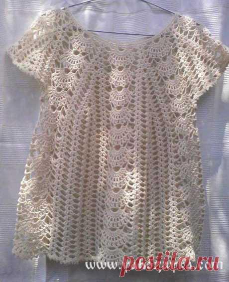 Летняя блуза крючком с ажурными дорожками. Кофточка крючком красивым узором Летняя блуза крючком с ажурными дорожками. Кофточка крючком красивым узором