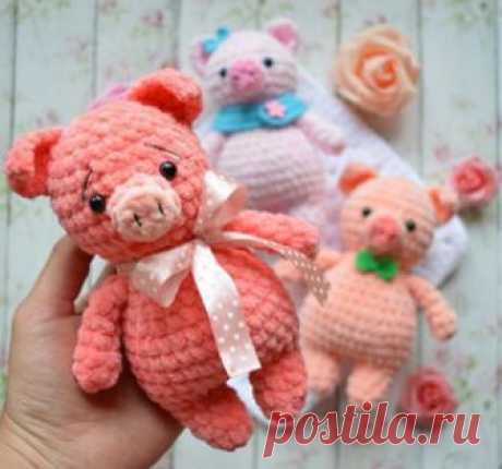"""Поросёнок """"Mini Pig"""" амигуруми. Схемы и описания для вязания игрушек крючком! Бесплатный мастер-класс от Екатерины Николаевой по вязанию маленького поросёнка """"Mini Pig"""" крючком. Высота вязаной свинки примерно 17 см. Дл…"""