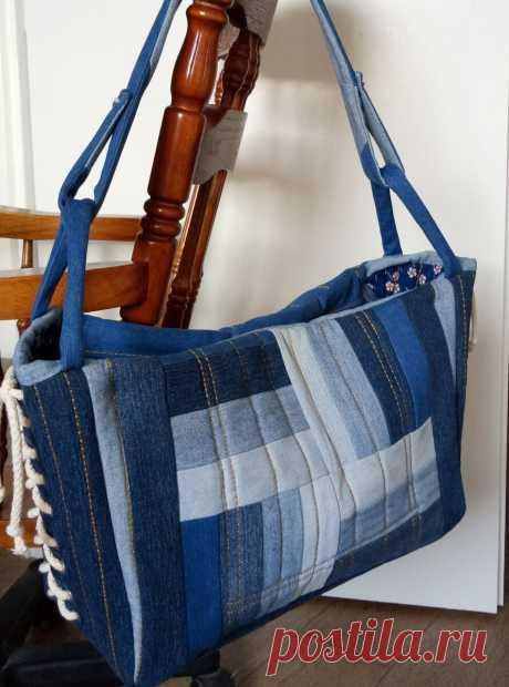 Джинсовые сумки из старых джинсов теперь и на подиуме.
