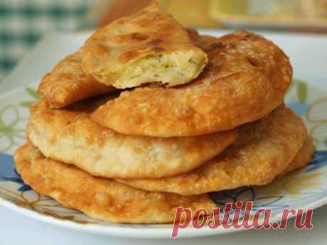 Пирожки на кефире с картофельно - сырной начинкой.   Еда!Готовься!