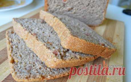 Ржаной хлеб в хлебопечке с беконом. Хлеб из ржаной муки