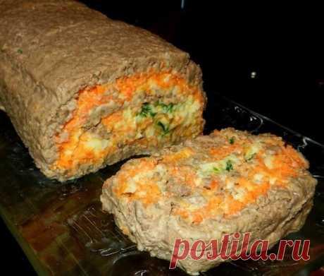 ПЕЧЕНОЧНЫЙ РУЛЕТ  Ингредиенты:  · Отваренная печень (говяжья) - 700 грамм; · Мягкий сливочно-творожный сыр (либо сливочное масло) – 200-250 грамм; · Майонез (у меня натуральный йогурт) – 4 ст. ложки; · Корейская морковка – 250 грамм; · Вареное куриное яйцо – 4 штуки; · Зелень (у меня лук) – несколько веточек; · Соль, перец  Печень отварить в соленой воде до готовности, затем пропустить через мясорубку 2 раза. Добавить к ней сливочный сыр (или масло), тщательно вымешать.Пол...