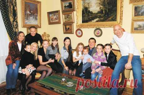 Наследство и наследники Иосифа Кобзона: что происходило в семье певца - МК
