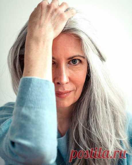 Уход за седыми волосами (и почему он отличается от вашего прежнего ухода) | beauty viewer | Яндекс Дзен