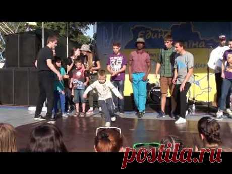 Street dance Breakdance. Уличные танцы брейкданс. Мастер-класс от Under the Groove Studio (Сумы) - YouTube