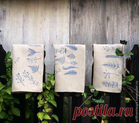 Печатаь штампами и акриловыми красками по ткани