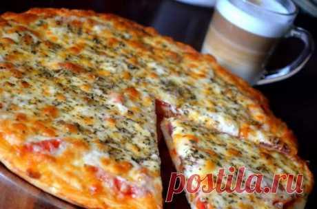 Попробовав однажды эту пиццу, я уверенно записала рецепт, чтобы не потерять! Рекомендую!