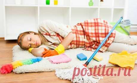 Уборка в доме может превратится в настоящие испытание для женщины. И вместо выходного дня отдыха, вам предстоит вычищать жилище от мусора и наводить порядок. А если, следовать несложным правилам, вы забудите о таком понятии, как генеральная уборка. Leeleo.ru