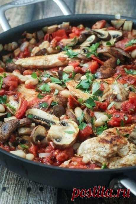 Курица запеченная с грибами и томатной пастой — Мегаздоров