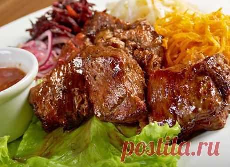 Шашлык в духовке: рецепт мяса в рукаве - tochka.net