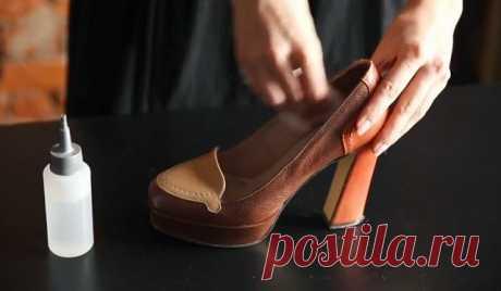 Как растянуть узкую обувь: 5 дельных советов от сапожника. Наверное, у каждой женщины есть пара туфель, в которых удобно только сидеть. Когда примеряешь их в магазине, кажется, что удобнее и красивее модели не существует. Но, когда приходишь домой, понимаешь, что еще никогда так не ошибалась… Если ты приобрела именно такую обувь, натирающую, жмущую и причиняющую дискомфорт, воспользуйся нашими советами. После ты сможешь бегать в любимых туфлях как по облачкам. Как быстро р...