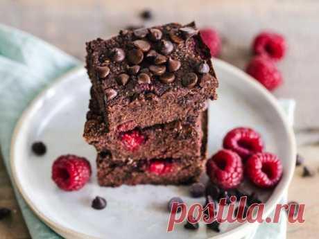 Шоколадные брауни от Юлии Высоцкой: рецепт нежного и пышного лакомства