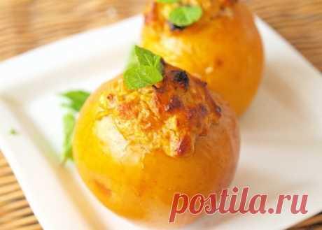 Яблоки фаршированные творогом и курагой — Sloosh – кулинарные рецепты