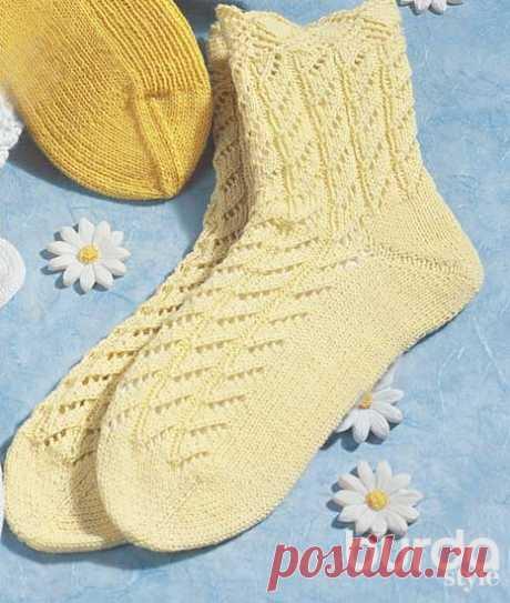 Носки с фигурным верхом - схема вязания спицами. Вяжем Носки на Verena.ru