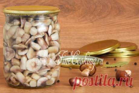 Маринованные маслята на зиму Уверена, любители грибов знают, как мариновать маслята на зиму в банках.