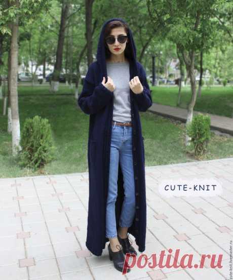 Купить Вязаное пальто с капюшоном синего цвета - тёмно-синий, длинное пальтофКупить Вязаное пальто с капюшоном синего цвета - тёмно-синий, длинное пальто вязаное, купить длинное пальто, купить женское пальто длинное, купить синее пальто, купить синее пальто длинное, купить синее пальто женское, купить длинное пальто с капюшоном
