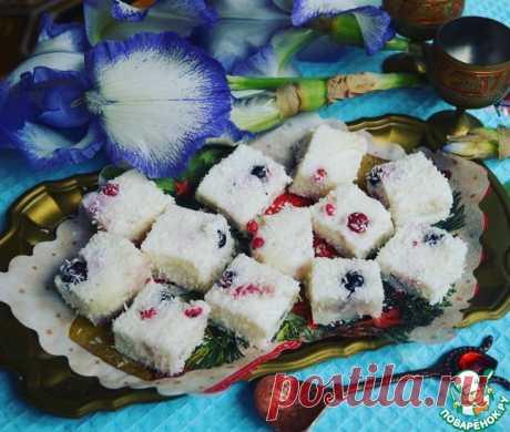 Легкий молочный десерт с ягодами Кулинарный рецепт